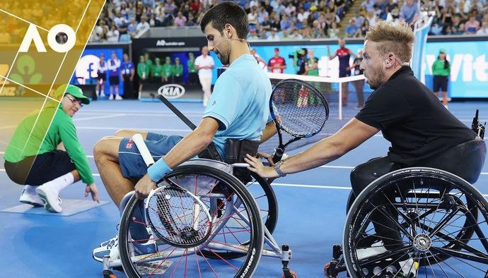 Video độc lạ: Novak Djokovic chơi quần vợt... trên xe lăn