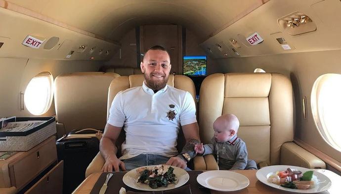 """Khám phá kế hoạch ép cân của """"Gã nổi loạn"""" Conor McGregor"""