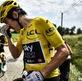 Nông dân biểu tình chặn đường khiến Tour de France náo loạn